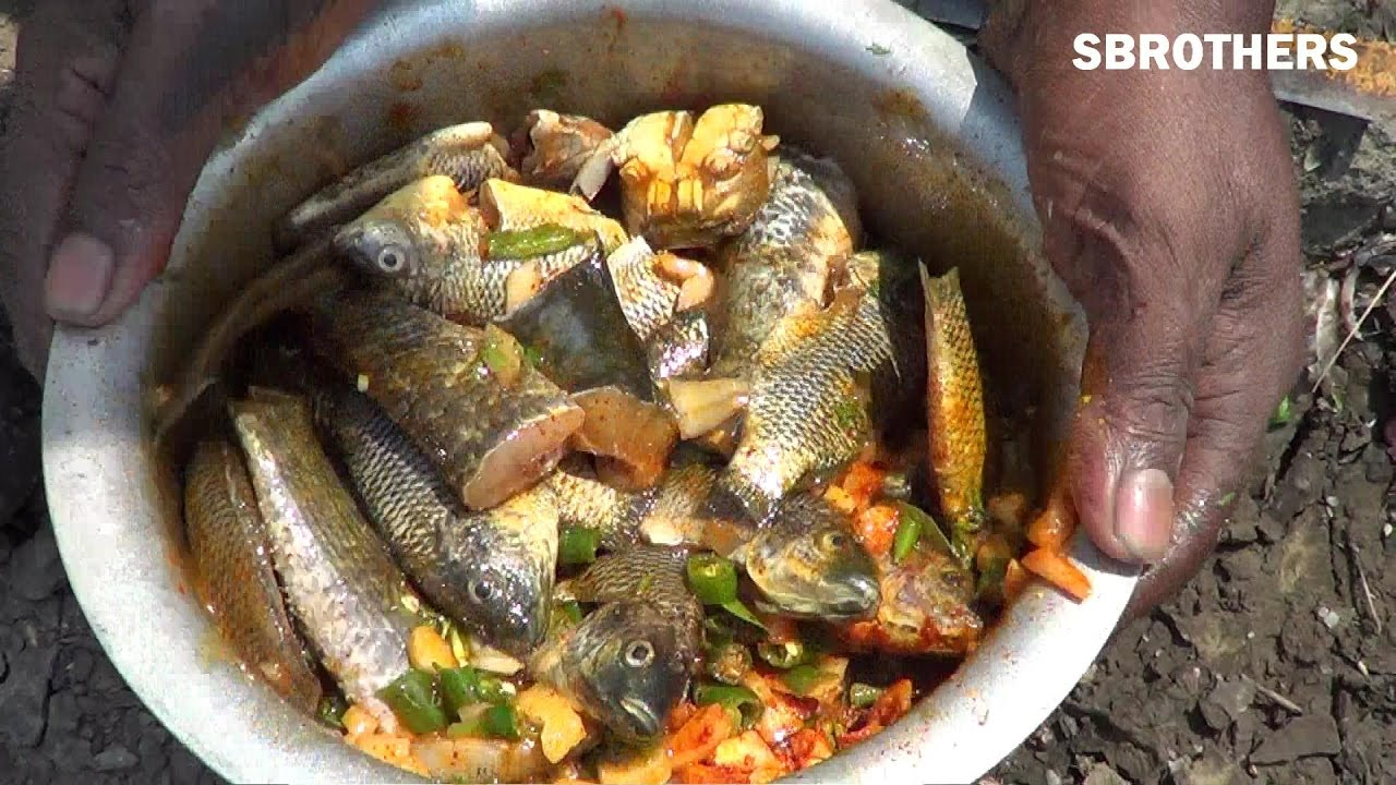 Fish cooking in india street fishing and cooking village style youtube premium forumfinder Images