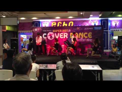 121028 Love is move , Madonna Cover by KaToEi  @ The Walk F