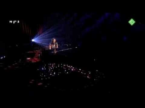 08. Norah Jones -  My dear country  (live in Amsterdam )