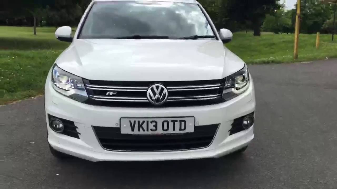 white volkswagen tiguan 2 0 tdi turbo diesel bluemotion tech r line 4motion 4x4 4wd mccarthy. Black Bedroom Furniture Sets. Home Design Ideas