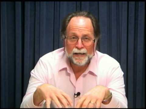 Ricardo Hausmann on growth in Guatemala (spanish)