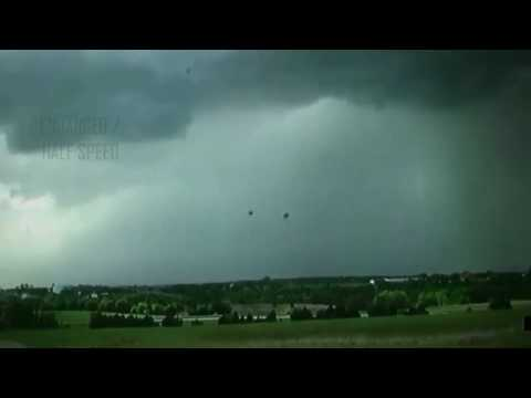 UFOs Caught in Thunderstorm Near Stillwater, OK [SIGHTING]