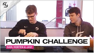MORTEN VS SAM VS JAVI: PUMPKIN CARVING CHALLENGE! | HAPPY HALLOW