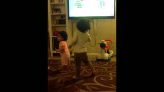 Crazy boy dancing to yo gabba gabba - just dance kids