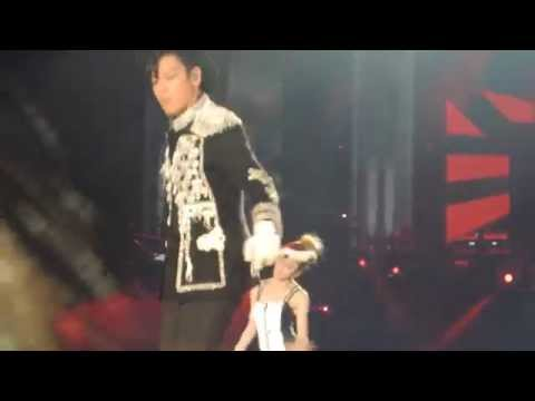 DARA+MINO+TOP-DOOM DADA_YG FAMILY POWER TOUR IN TAIWAN