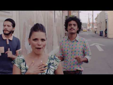 Puerto Candelaria - Amor Fingido [Video Oficial]