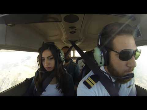 Best marriage proposal, pilot proposes during engine failure simulation video