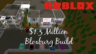 TOURING MY $1.3 MILLION MALL IN BLOXBURG | Bloxburg Builds | Roblox