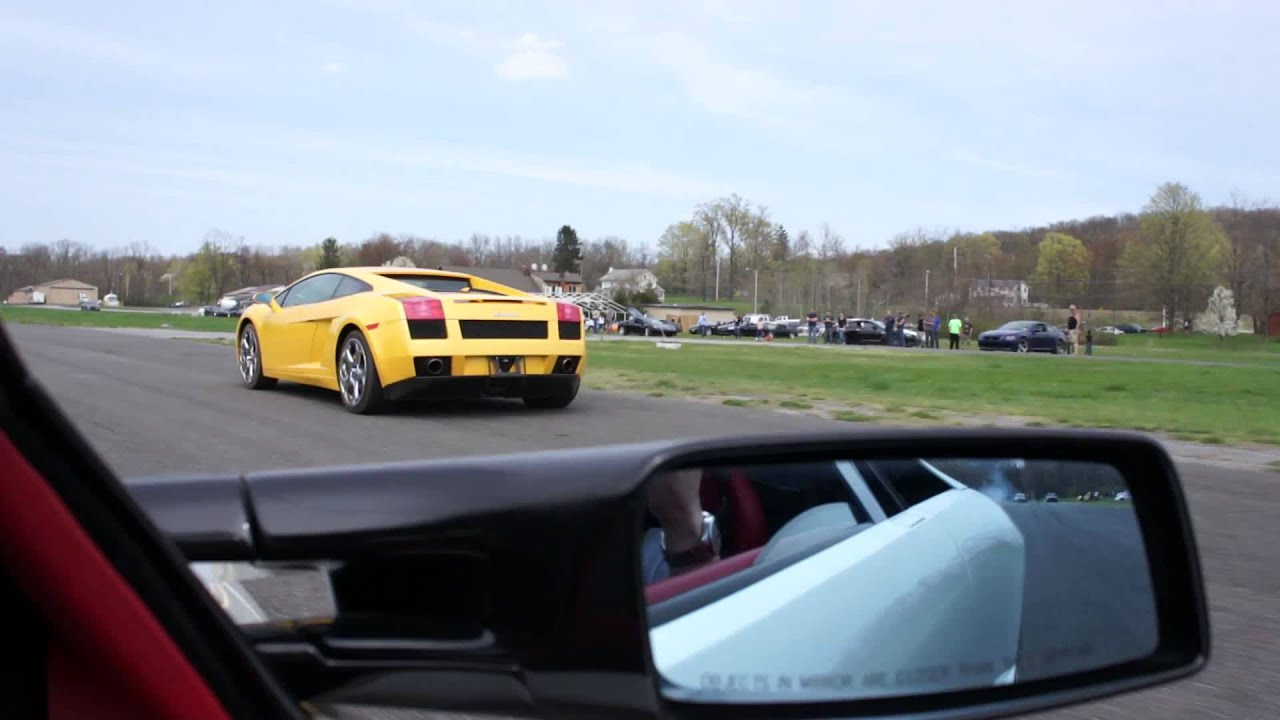 Lamborghini Murcielago Lp640 Vs Lamborghini Gallardo Youtube