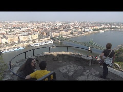 Gellert Hill / Gellért-hegy (AMAZING Walking Tour!!!)