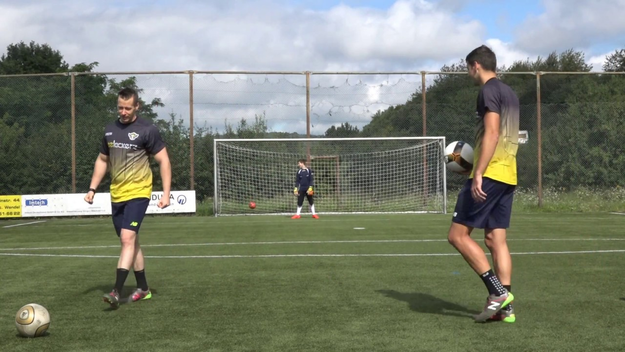 Freekick Goal 2017 | New Balance Furon 3.0 Review | Freekickerz Michir7