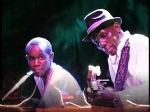 Sam Mtukudzi Tribute song 'Waenda Shamwari' - All Stars