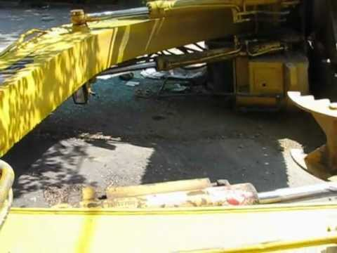 excavator-tipped-over.avi
