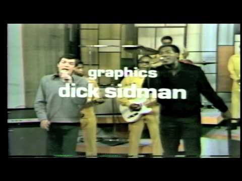 """Otis Redding Performs """"Knock on Wood"""" with Mitch Ryder on December 9, 1967"""
