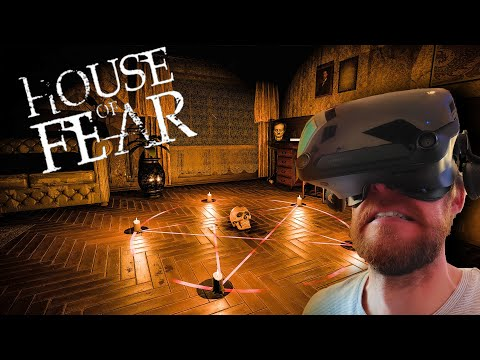 I Escaped A Haunted House IN VR - House Of Fear |