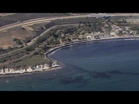 California pipeline break sends 21,000 gallons of oil into ocean