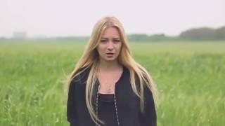 Баста   Сансара Милая девушка классно поет популярную песню