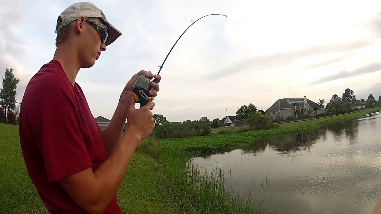 Fishing for big catfish on a small pole youtube for Small fishing pole