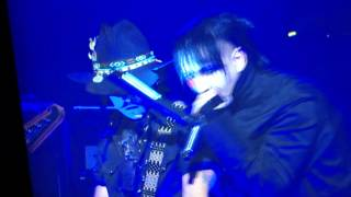 Marilyn Manson feat Jonny Depp - Sweet dreams (are made of this) LIVE @ GOLDEN GOD AWARDS 2012