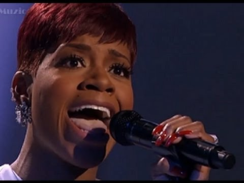 Fantasia Barrino Performs