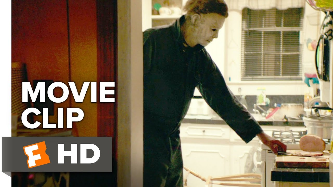 halloween movie clip - michael myers arrives in haddonfield (2018