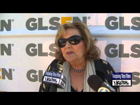 BRENDA VACCARO LGBT Ally at GLSEN 2012 - YouTube