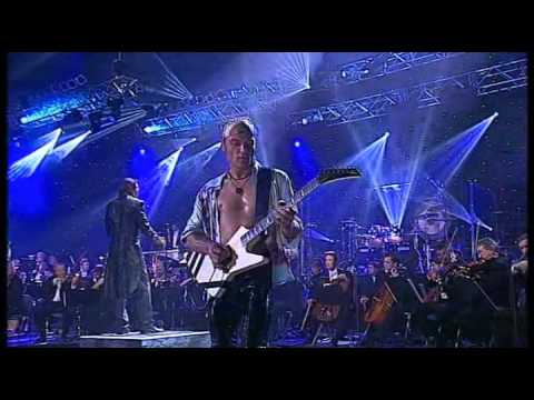 Scorpions - Moment Of Glory Live_5_HDTV