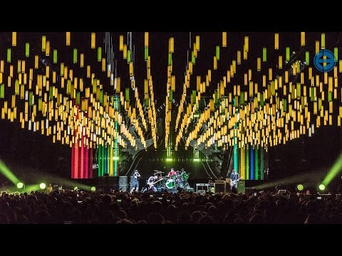 Scott Holthaus about his lighting and stage design for the Red Hot Chili Peppers 2016 tour