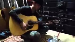 đàn guitar rất hay