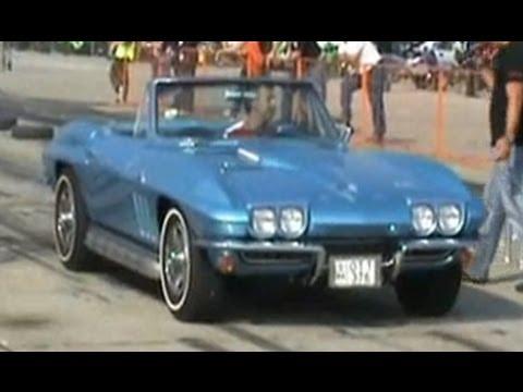 chevrolet corvette stingray cabrio 1966 vs suzuki swift. Black Bedroom Furniture Sets. Home Design Ideas