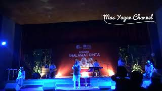 Download Lagu Ya Asyiqol Mustofa Voc Nissa Sabyan Gambus LIVE UGM JOGJAKARTA Mp3