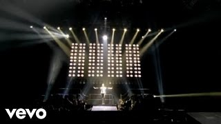 Usher - More (OMG Tour Live at the O2)