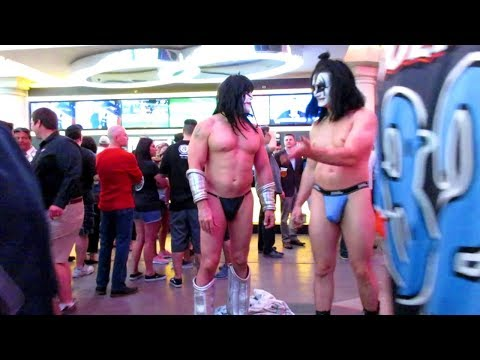 The Wild Side of Las Vegas: The Fremont Street Experience