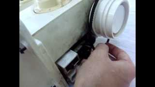 Como consertar trocar o motor da Singer facilita embutido maquina de costura Singer thumbnail