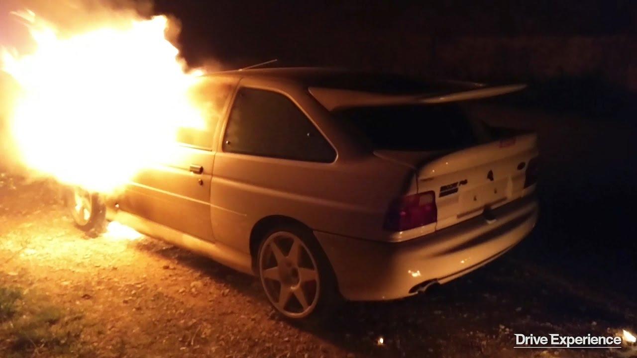 L'incidente della Escort Cosworth di Bulldozer - Davide Cironi Drive Experience (ENG.SUBS)