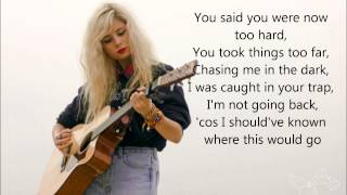 Nina Nesbitt Spiders Lyrics on Screen.mp3