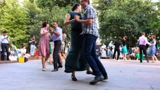 танцы на Страстном бульваре