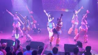 2014年2月8日、東京は20年ぶりの大雪に見舞われた。アイドルイベントが...