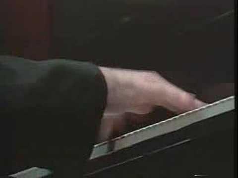 Roger Wright plays Rzewski's Winnsboro Cotton Mill Blues