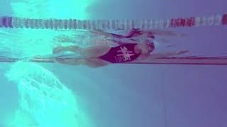Ilaria Bianchi - Nuotata a stile libero, vista laterale subacquea