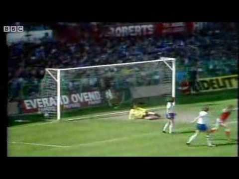 Wales 4-1 England - Football British Home Internationals 1980