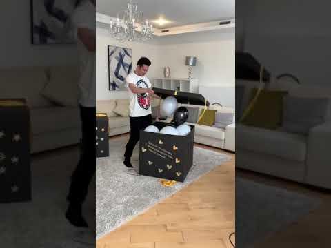Дан Балан и его подарки на день рождения от поклонниц