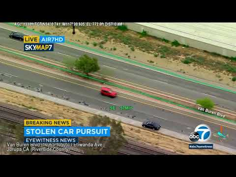 RAW VIDEO: Chase suspect drives on wrong side of road in Riverside | ABC7
