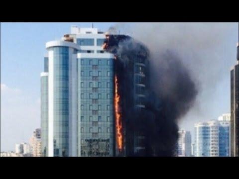 В элитном районе Одессы горит 22-этажный дом: видео 29.08.2015