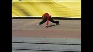 Мировой рекордсмен по отжиманию от пола в Киеве на массовом отжимании от пола!(Мальчику 12 лет и он установил мировой рекорд по отжиманию от пола 5000 раз! Его личный рекорд 6500 раз! JOIN VSP..., 2014-04-06T13:40:14.000Z)