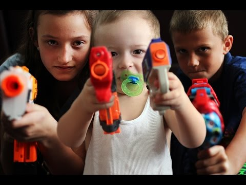 Video Nerf War Epic Family Battle The Gun Vs Gun Wikia Fandom Powered By Wikia