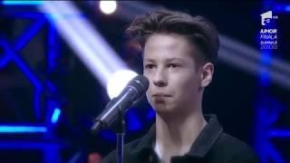 Şoc pe scena X Factor! 'Tu vrei să rămâi în acest concurs?' Teodor: 'Îmi este indiferent'