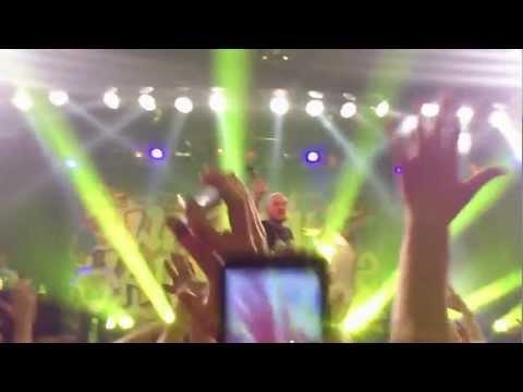 Schau nicht mehr zurück / Wage Es Zu Glauben - XAVAS ( Live I Backstagewerke München ) 02.01.2013