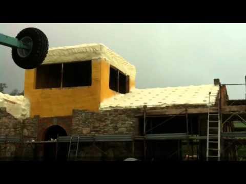 Isolamento solaio con poliuretano a spruzzo intpoliuretani - Isolare tetto dall interno ...