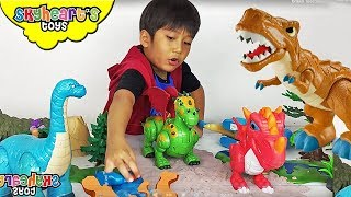 Toy DINOSAURS FIGHT!!